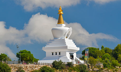 Benalmádena Guide - Benalmádena is home to the largest Buddhist temple in the western world