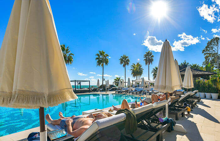 Estepona Guide - Chic beach club and boutique shopping centre