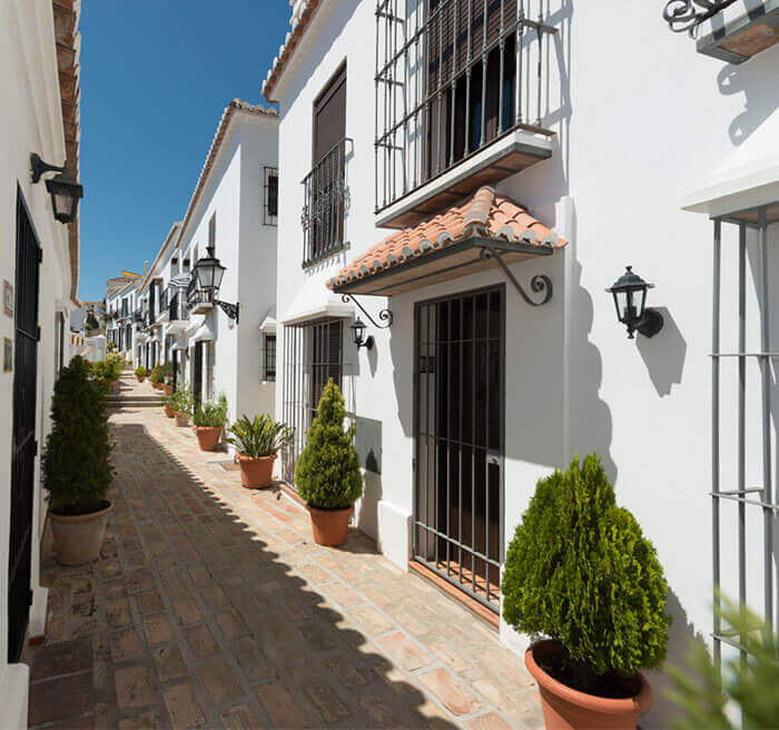 Mijas Pueblo Guide - Peaceful street life in Mijas