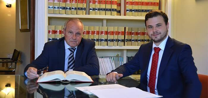 Legal advice for residents and non residents. De Miguel Lawyers