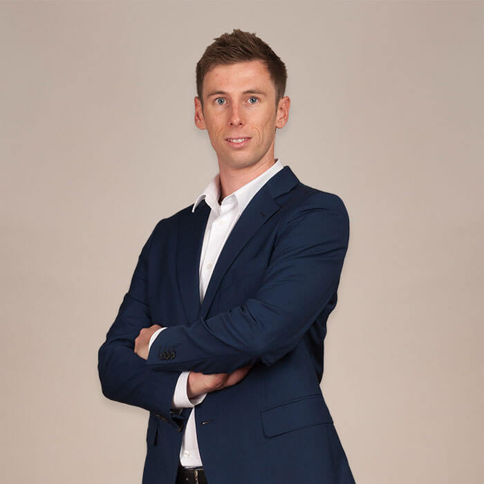 Sales & Viewings - Oliver Hornby